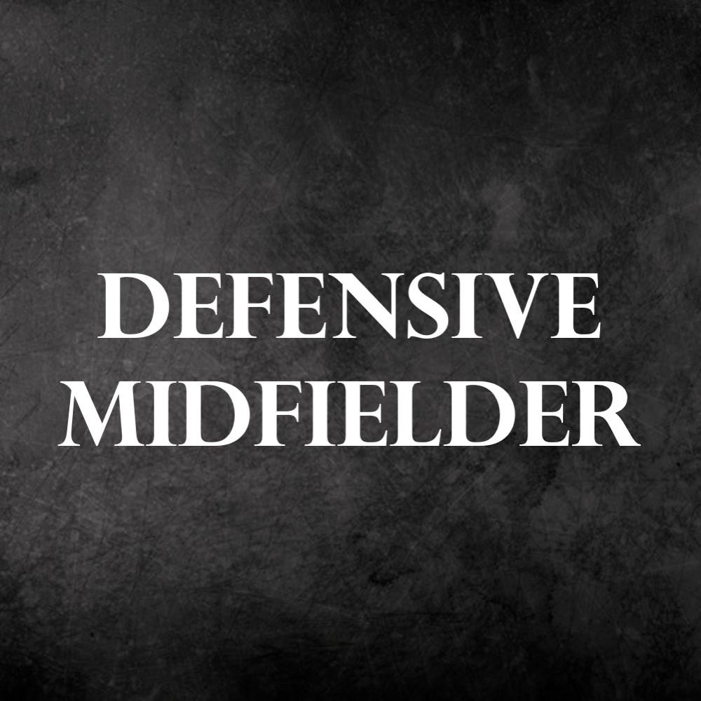 defensve midfielder
